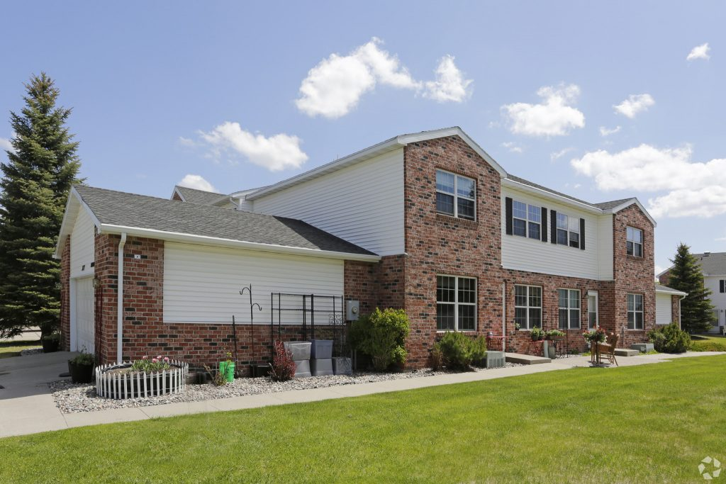 Times Square 2 Bedroom townhomes with attached garage Grand Forks