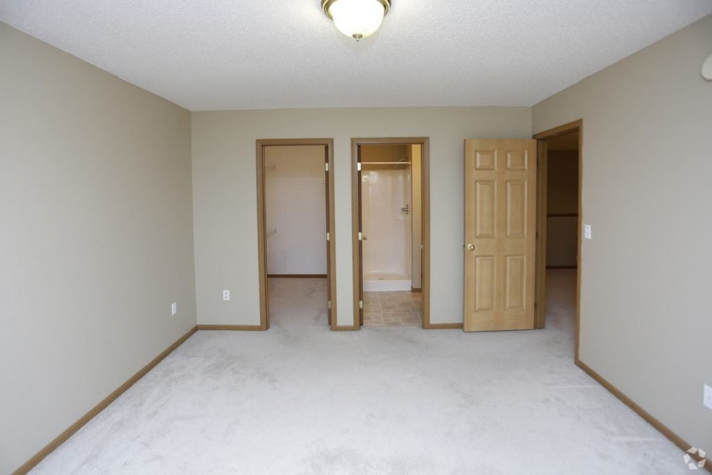 Times Square 2 Story Townhomes for rent in Grand Forks 2 bedrooms, loft, attached garage.