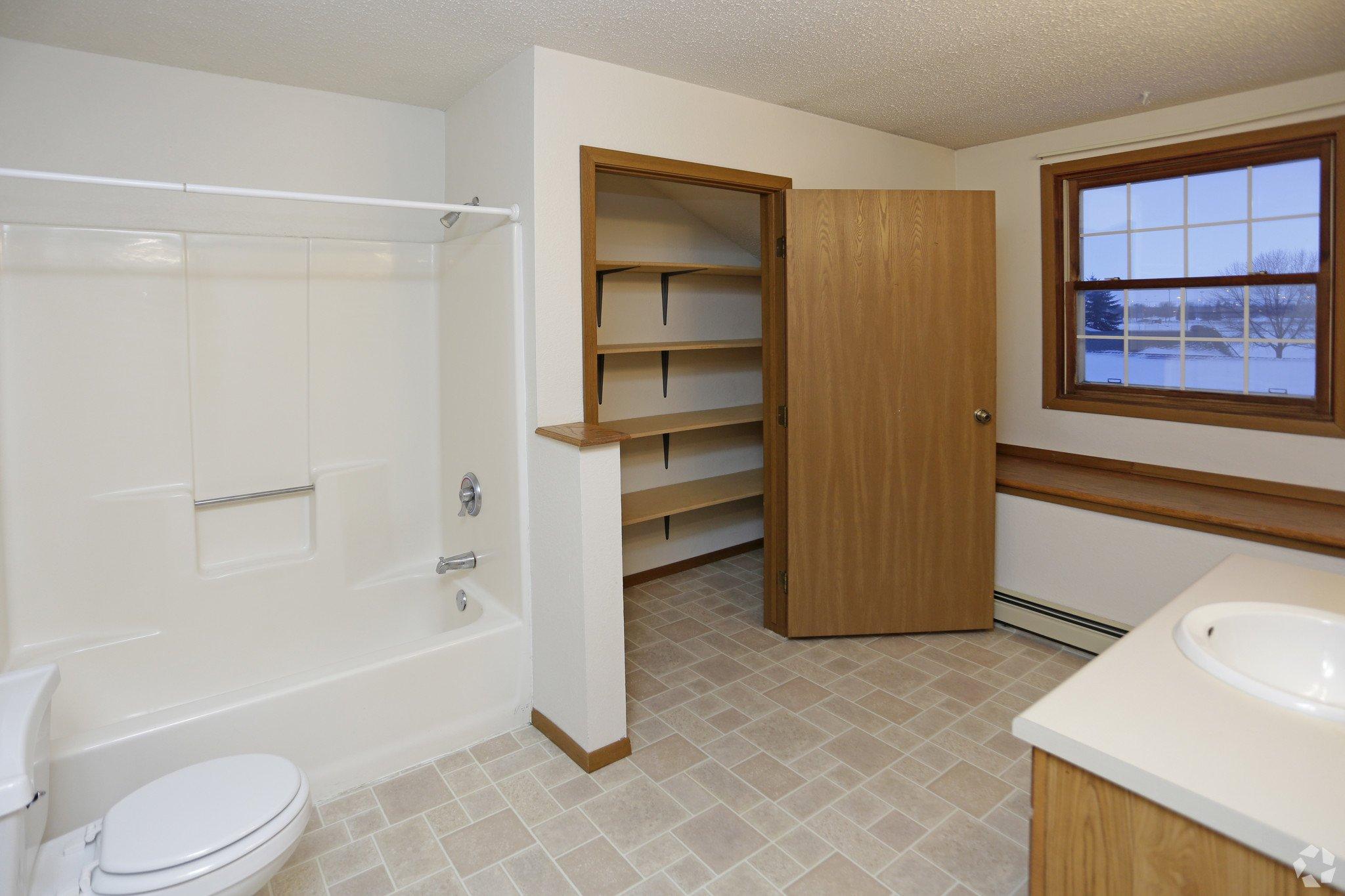 Carrington court townhouse apartments grand forks nd 2 - 2 bedroom apartments grand forks nd ...