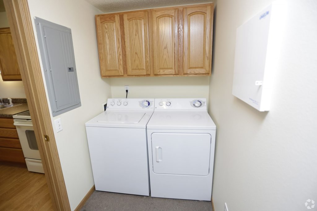 2 bedroom apartment for lease grand forks hampton management - 2 bedroom apartments grand forks nd ...