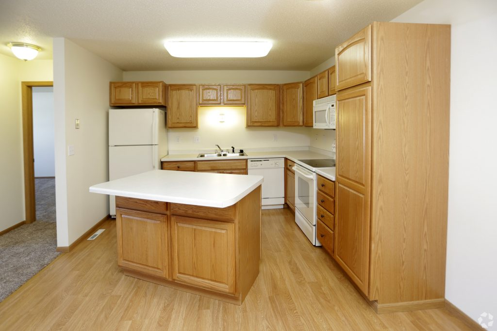 south-hampton-townhomes-grand-forks-nd-kitchen