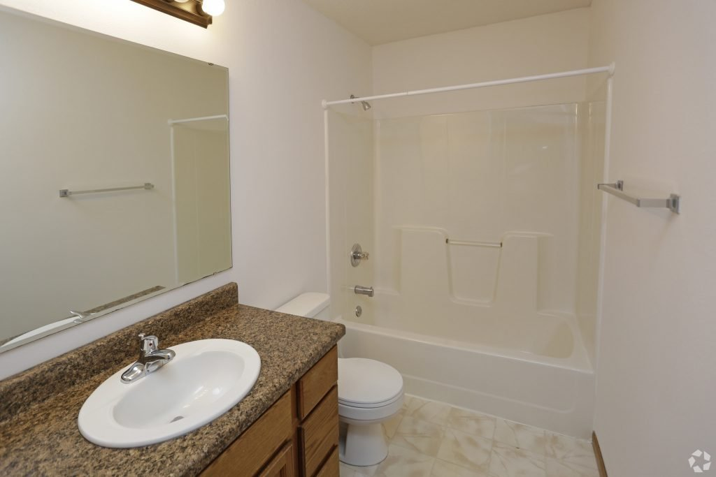 times-square-townhomes-grand-forks-nd-interior-photo